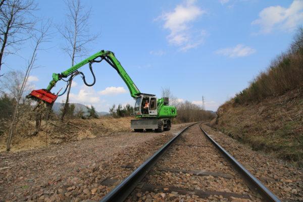 broyage en bordure de voie ferrée