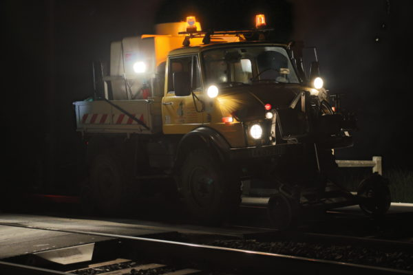 unimog rail-route, intervention de nuit traitement phytosanitaire
