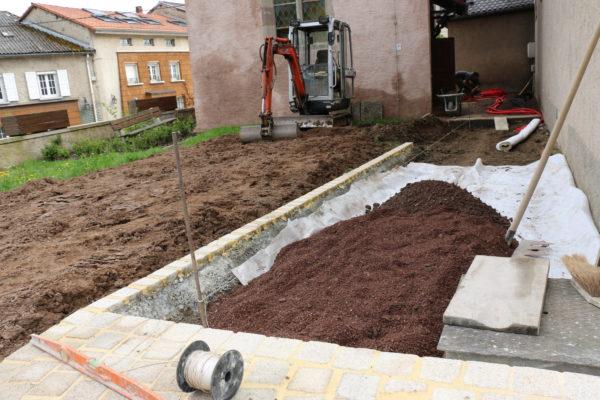 travaux de terrassement et structuration du jardin
